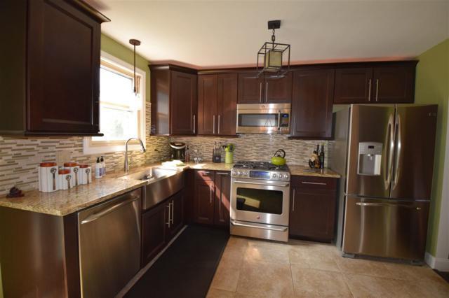 24 Jackson Heights, Essex, VT 05452 (MLS #4654213) :: KWVermont