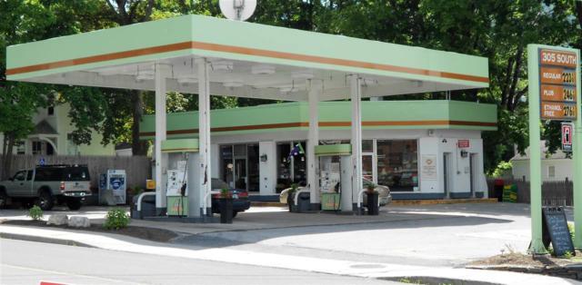 305 South Street, Bennington, VT 05201 (MLS #4662229) :: Keller Williams Coastal Realty