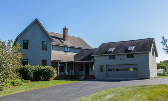 6747 Spear Street, Shelburne, VT 05482 (MLS #4694636) :: The Gardner Group