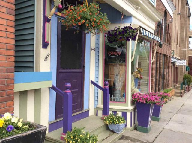 142 Eastern Avenue, St. Johnsbury, VT 05819 (MLS #4699457) :: Keller Williams Coastal Realty