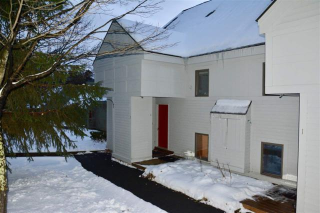 5 First (3 Country Club) Lane, Wilmington, VT 05363 (MLS #4728419) :: Hergenrother Realty Group Vermont