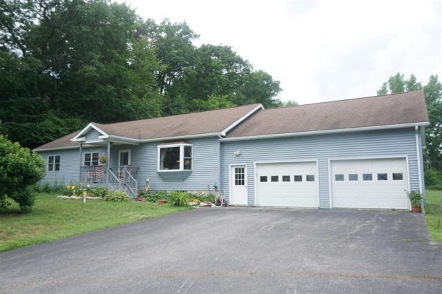 5 Gardenside Lane, Essex, VT 05452 (MLS #4766468) :: Hergenrother Realty Group Vermont