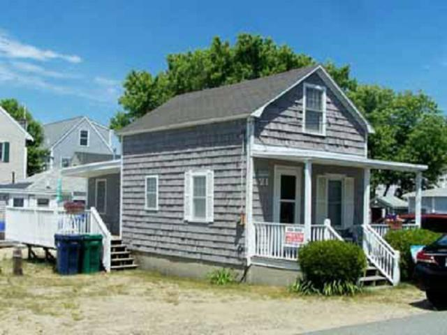 21 Epping Avenue, Hampton, NH 03842 (MLS #4769684) :: Keller Williams Coastal Realty