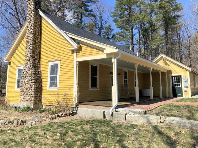 4 North Wakefield Road, Wolfeboro, NH 03894 (MLS #4780117) :: The Hammond Team