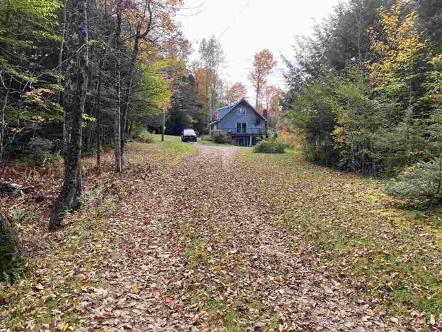 1208 Cricket Hill Road, Hyde Park, VT 05655 (MLS #4784807) :: Hergenrother Realty Group Vermont