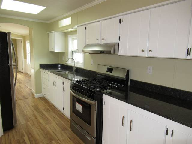 188 Orchard Street, Seabrook, NH 03874 (MLS #4792910) :: Keller Williams Coastal Realty