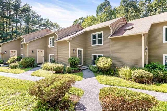 440 Oak Circle #4, Colchester, VT 05446 (MLS #4821138) :: The Gardner Group