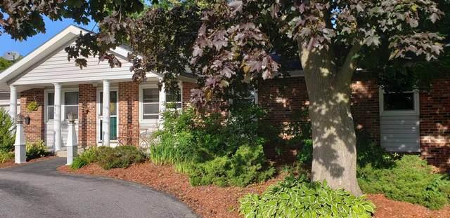 326 Spear Street, South Burlington, VT 05403 (MLS #4825078) :: The Gardner Group