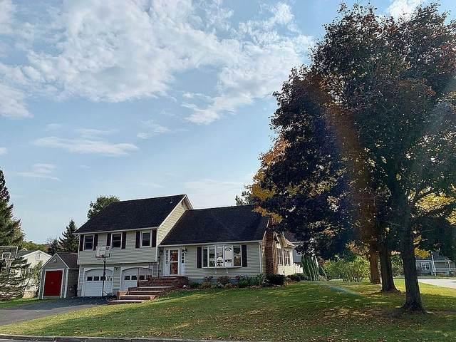 2 Woodland Place, South Burlington, VT 05403 (MLS #4834422) :: The Gardner Group