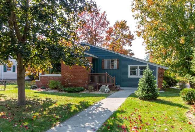 7 Curtis Avenue, Burlington, VT 05408 (MLS #4834605) :: The Gardner Group
