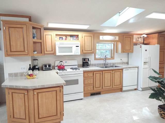 10 Hickory Avenue, North Hampton, NH 03862 (MLS #4835518) :: Keller Williams Coastal Realty