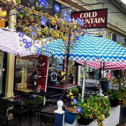 2015 Main Street, Bethlehem, NH 03574 (MLS #4845636) :: Signature Properties of Vermont