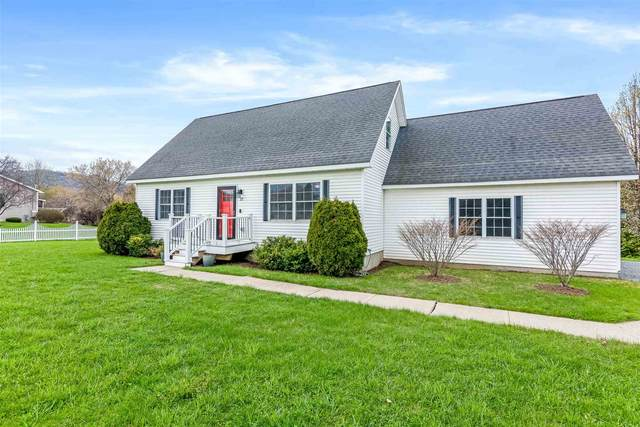 22 Tanglewood Drive, St. Albans Town, VT 05478 (MLS #4856832) :: Hergenrother Realty Group Vermont