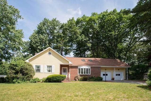 14 Meadowlark Drive, Hudson, NH 03501 (MLS #4866198) :: Lajoie Home Team at Keller Williams Gateway Realty