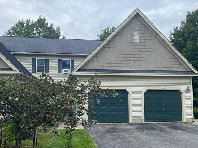 221 Juniper Drive, South Burlington, VT 05403 (MLS #4881876) :: The Gardner Group