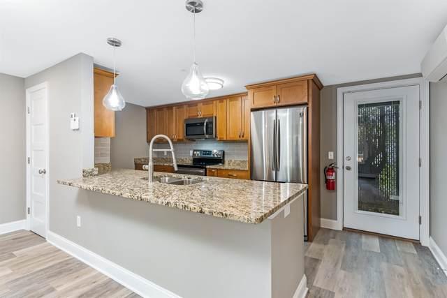 116 Ranimer Place #102, St. Albans City, VT 05478 (MLS #4883030) :: Keller Williams Coastal Realty