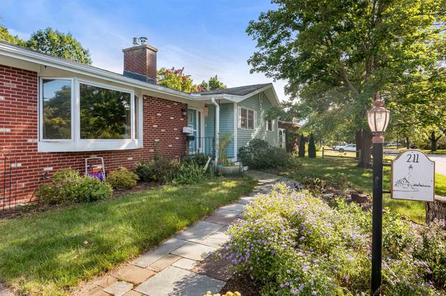 211 Laurel Hill Drive, South Burlington, VT 05403 (MLS #4885048) :: Hergenrother Realty Group Vermont