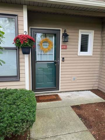 J18 Stonehedge Drive, South Burlington, VT 05403 (MLS #4887566) :: Hergenrother Realty Group Vermont