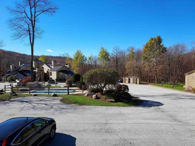 106 Fox Hollow Village C4, Mendon, VT 05701 (MLS #4888306) :: The Gardner Group