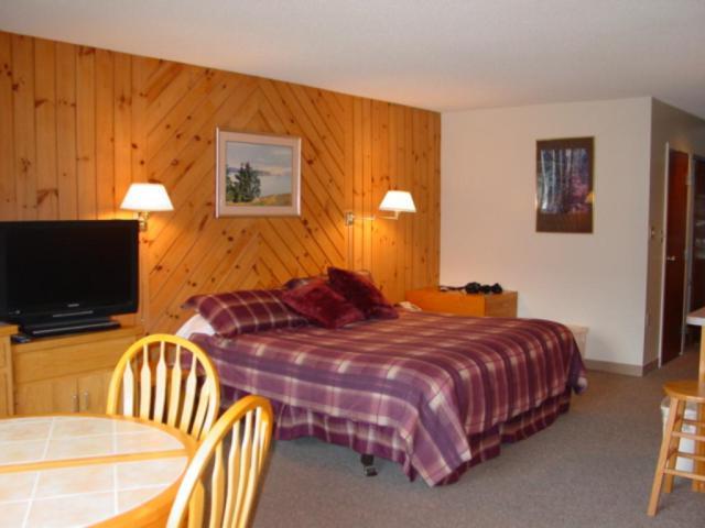 10 Hakone At Smugglers Notch Resort #10, Cambridge, VT 05464 (MLS #4476882) :: Keller Williams Coastal Realty