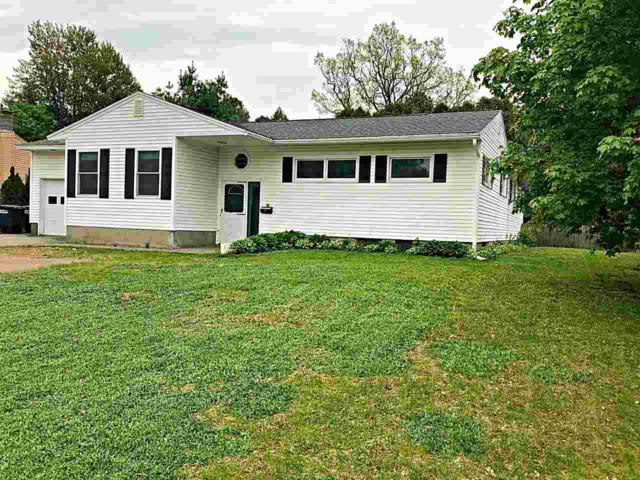 99 Suburban Square, South Burlington, VT 05403 (MLS #4694458) :: The Gardner Group