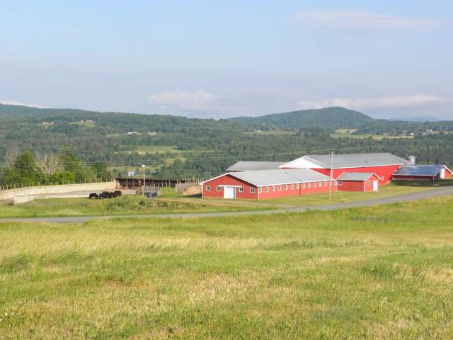 2867 Maple Hill Road, Barton, VT 05822 (MLS #4786636) :: Hergenrother Realty Group Vermont