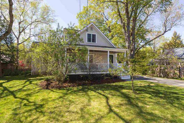 28 Carpenter Street, Norwich, VT 05055 (MLS #4802023) :: Hergenrother Realty Group Vermont