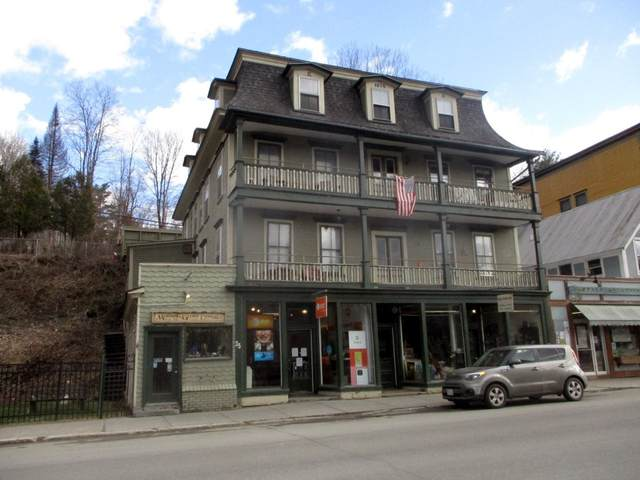 35 South Main Street, Hardwick, VT 05843 (MLS #4734493) :: The Gardner Group