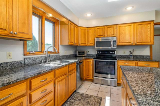 9 Whitcomb Meadows Lane, Essex, VT 05452 (MLS #4713829) :: The Gardner Group