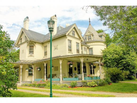 41 South Main Street, Randolph, VT 05060 (MLS #4510218) :: The Gardner Group