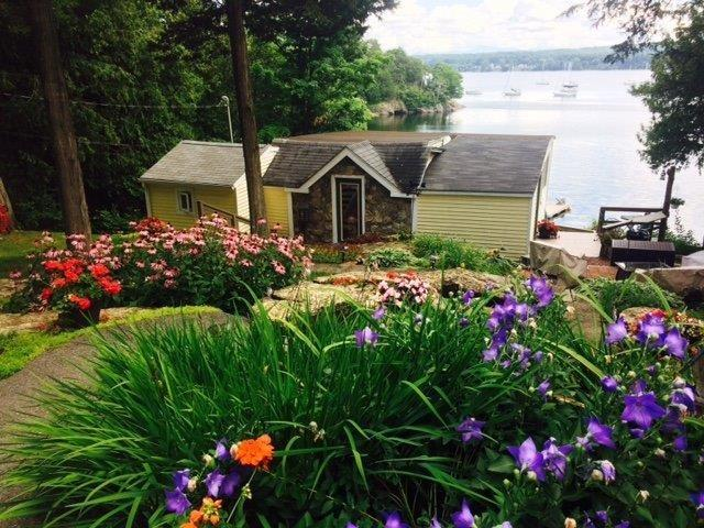 518 Coates Island Road, Colchester, VT 05446 (MLS #4653037) :: KWVermont