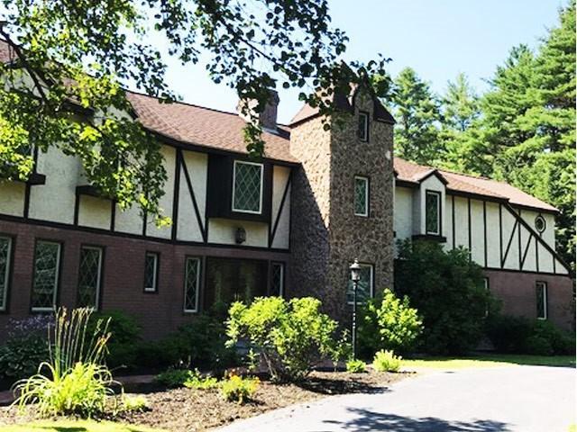 8 Beau Monde Drive, North Hampton, NH 03862 (MLS #4708483) :: Keller Williams Coastal Realty