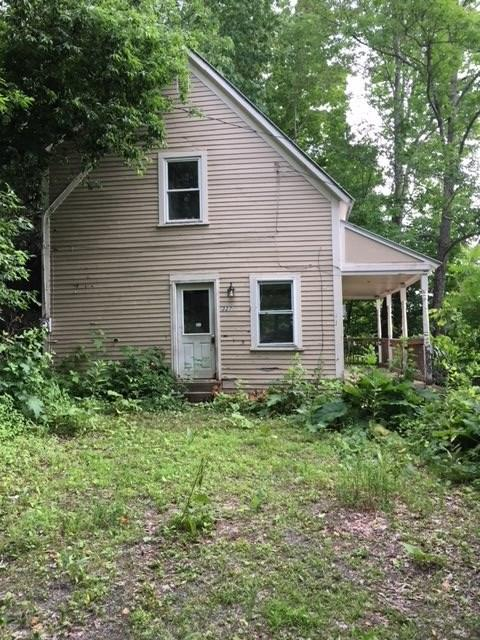 327 River Road, St. Johnsbury, VT 05819 (MLS #4715205) :: Lajoie Home Team at Keller Williams Realty