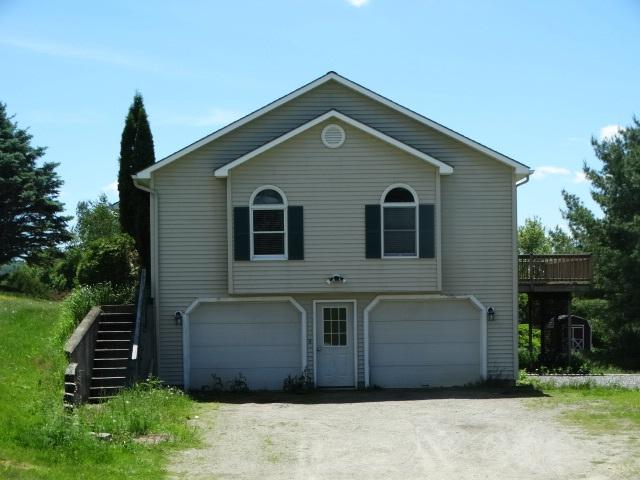 248 Lakeview Drive, Derby, VT 05829 (MLS #4759814) :: Lajoie Home Team at Keller Williams Realty
