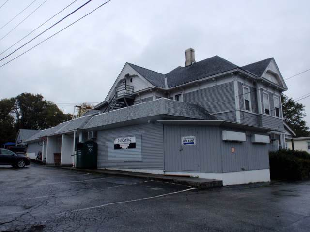 140 N Main Street, Rutland City, VT 05701 (MLS #4779371) :: Team Tringali