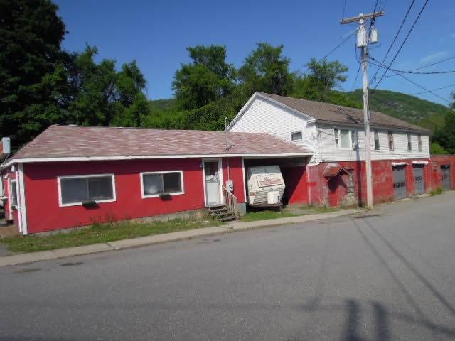 6 Earl Street, Rockingham, VT 05101 (MLS #4787159) :: Team Tringali