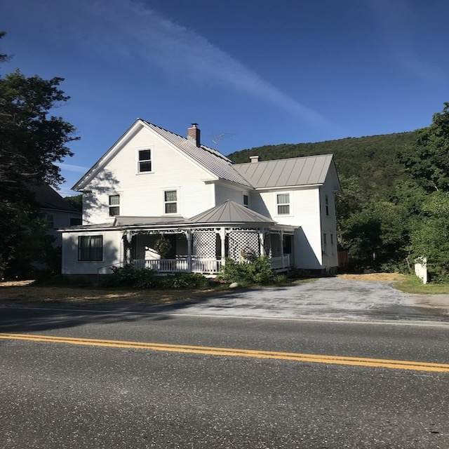 108 S Main Street, Rochester, VT 05767 (MLS #4821550) :: Hergenrother Realty Group Vermont