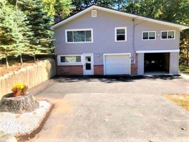 8 Oxford Road, Derry, NH 03038 (MLS #4834116) :: Parrott Realty Group