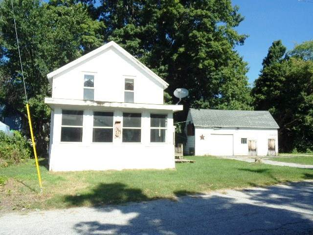 102 Chimes Street, Bennington, VT 05201 (MLS #4844947) :: Hergenrother Realty Group Vermont