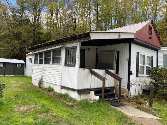 3 Crescent Drive, Brattleboro, VT 05301 (MLS #4860067) :: Signature Properties of Vermont