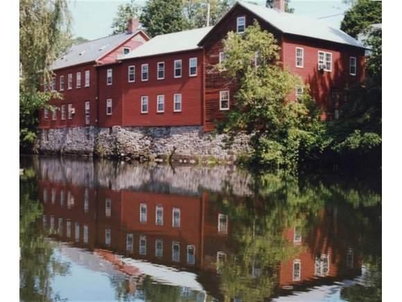1 Pleasant Street B, Bennington, VT 05257 (MLS #4718563) :: Signature Properties of Vermont