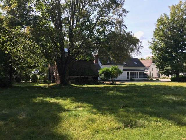 114 East Broadway Road, Salem, NH 03079 (MLS #4774144) :: Keller Williams Coastal Realty