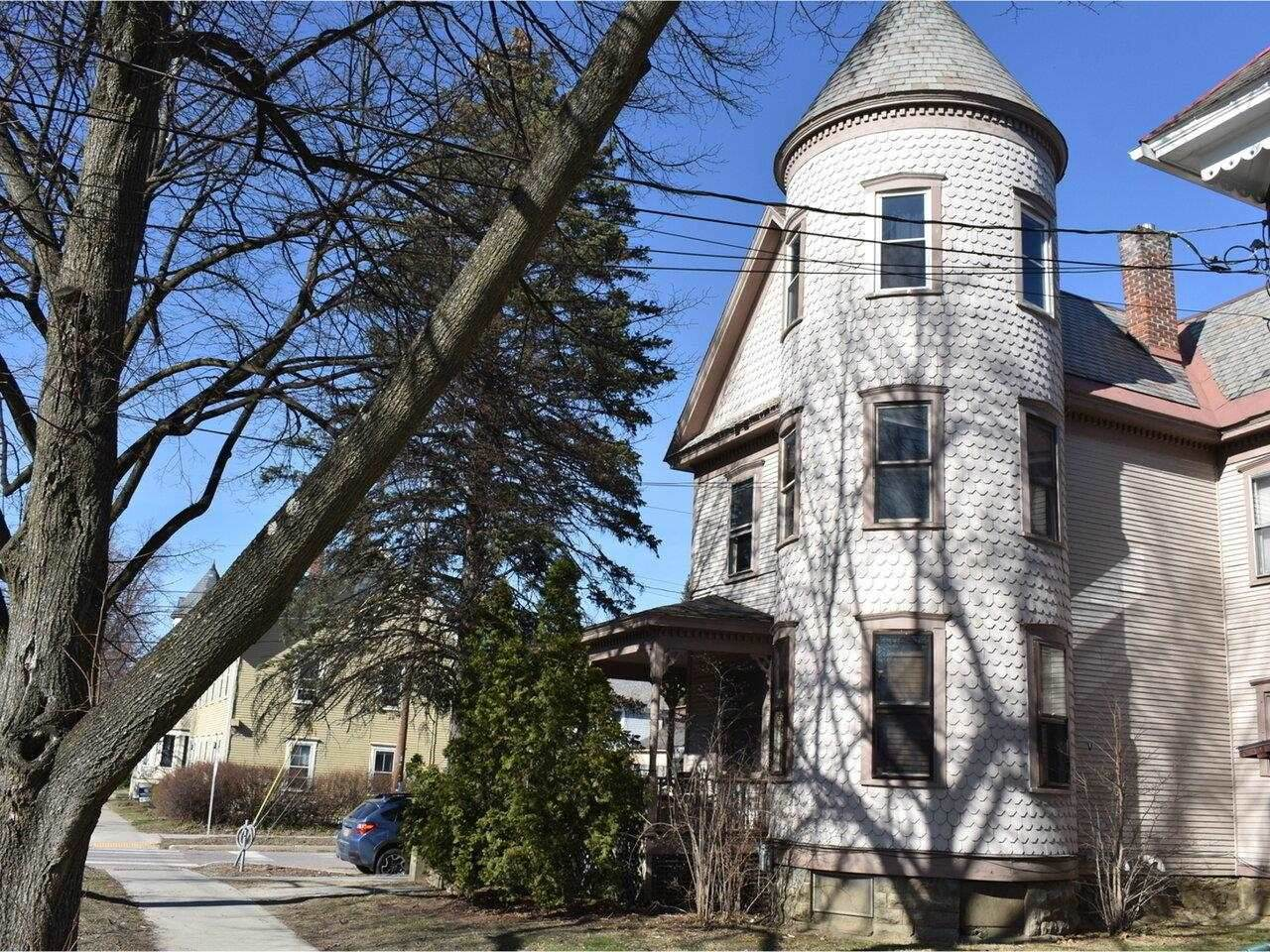 114 North Willard Street - Photo 1
