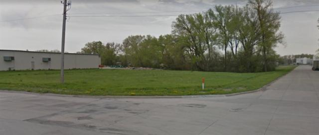 2010 S 13th St, Norfolk, NE 68701 (MLS #180059) :: Berkshire Hathaway HomeServices Premier Real Estate