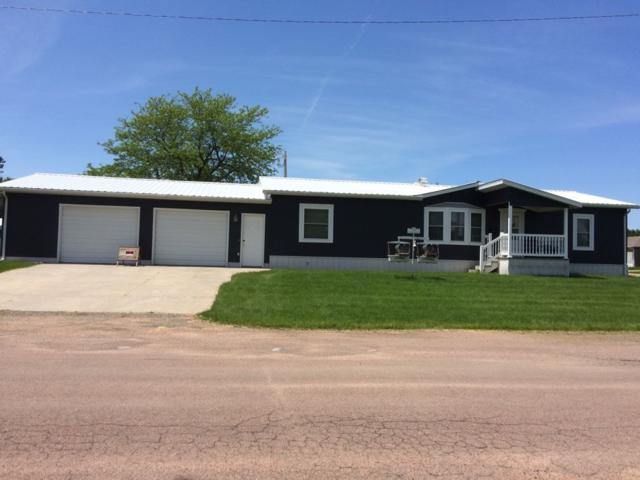 702 Douglas Ave, Creighton, NE 68729 (MLS #190183) :: Berkshire Hathaway HomeServices Premier Real Estate