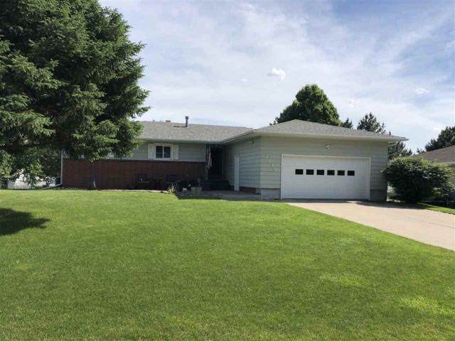 2615 W Prospect Ave, Norfolk, NE 68701 (MLS #190208) :: Berkshire Hathaway HomeServices Premier Real Estate