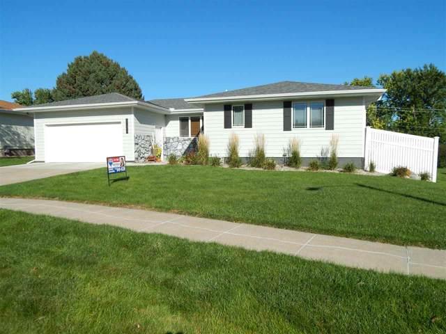 1706 E Berry Hill, Norfolk, NE 68701 (MLS #190507) :: Berkshire Hathaway HomeServices Premier Real Estate