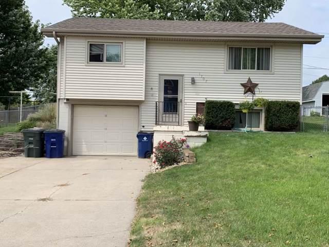 1707 Hilltop Dr, Norfolk, NE 68701 (MLS #190647) :: Berkshire Hathaway HomeServices Premier Real Estate