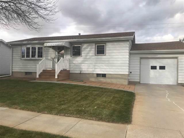 1104 Grant Ave, Norfolk, NE 68701 (MLS #190648) :: Berkshire Hathaway HomeServices Premier Real Estate