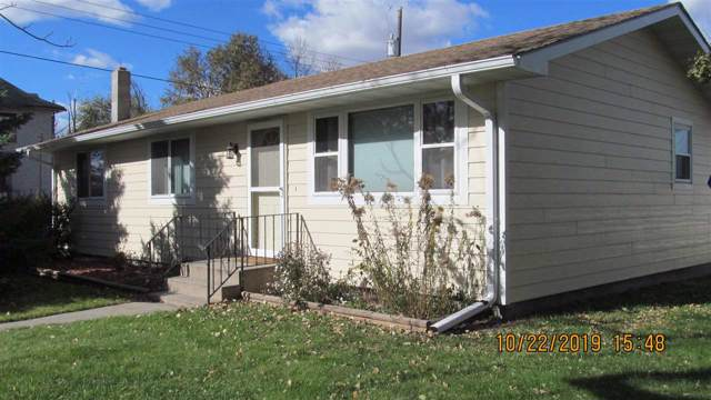 118 E 5th St, AINSWORTH, NE 69210 (MLS #200019) :: Berkshire Hathaway HomeServices Premier Real Estate